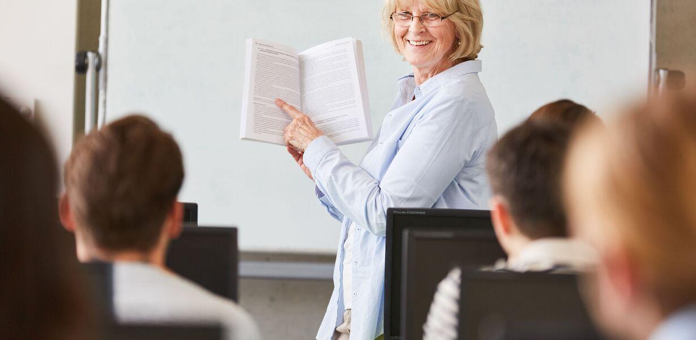 В России будут разработаны меры по усовершенствованию системы оплаты труда педагогов