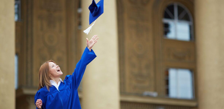 Выпускники российских вузов смогут получить электронную копию диплома