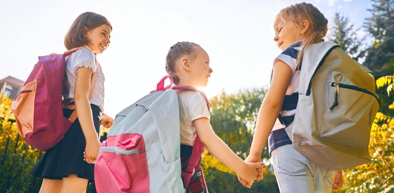 Госдума приняла закон, упрощающий выезд детей за рубеж
