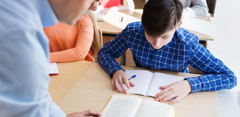 Рособрнадзор назвал даты проведения контрольных работ для девятых классов
