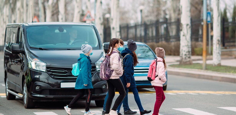 Генпрокурор России поручил проверить безопасность детей на дорогах у школ