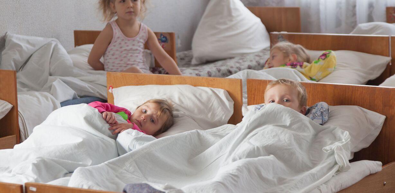 В Минпросвещения допускают отказ от детдомов в будущем