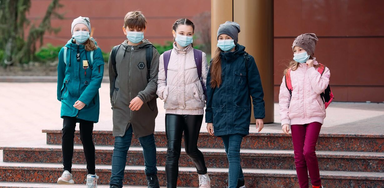 Оценки в школе связали с готовностью вакцинироваться