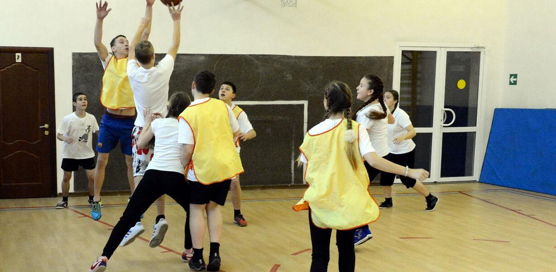 Спортивные клубы появятся в каждой российской школе к 2024 году
