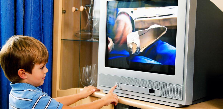 Просмотр телевизора ухудшает когнитивные функции