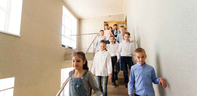 Минпросвещения готово обсуждать введение пятидневного обучения в школах